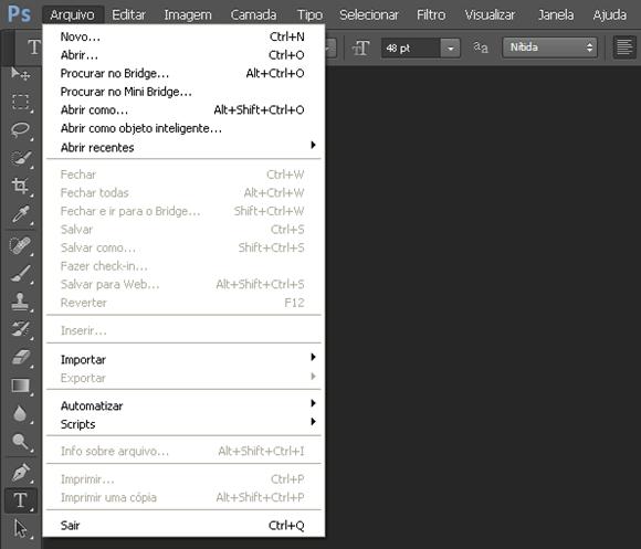 Lateral direita do Photoshop CS6 contém o painel de layers, atalhos para  ajustes e mais